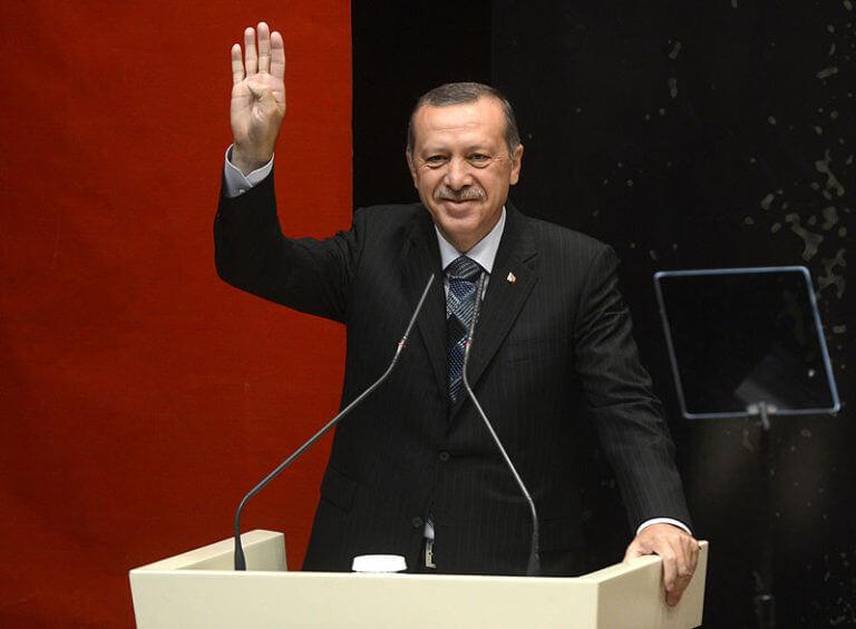 Erdogan Gesturing Rabia 768×565